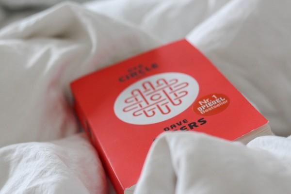 Im Bett – mit Dave Eggers und Franz Kafka